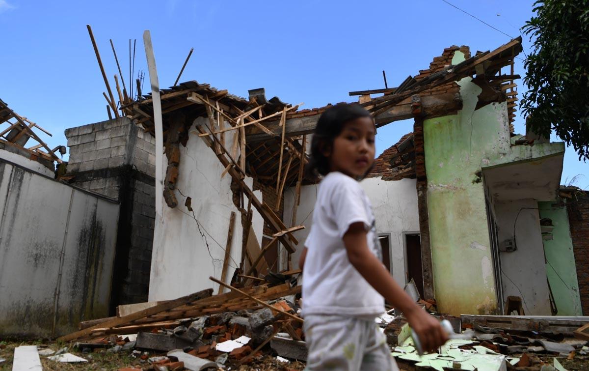 Foto: Dampak Gempa Jawa Timur