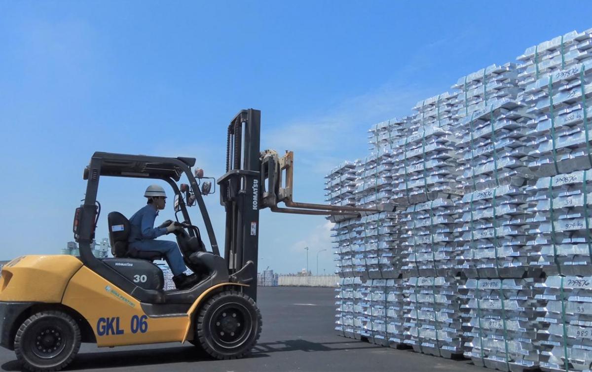 Prospek Luar Biasa, Industri Aluminium Logam Strategis Indonesia