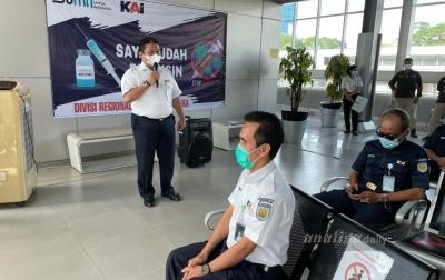 300 Pegawai KAI Sumut Vaksinasi Covid-19 di Stasiun Medan