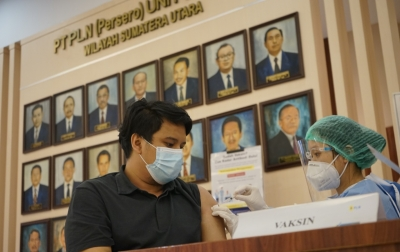 Cegah Covid-19, PLN Vaksinasi Massal untuk 570 Pegawai