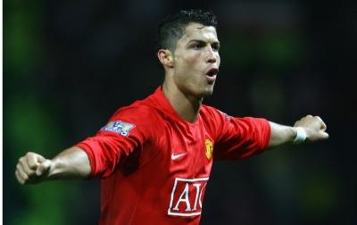 Manchester United Akan Gunakan Uang Liga Champions Untuk Ronaldo