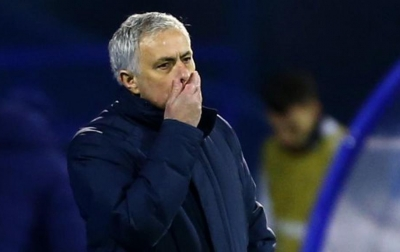 Jose Mourinho Dipecat Sebagai Pelatih Tottenham Hotspur