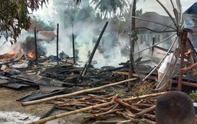 3 Rumah di Desa Aek Bayur Paluta Hangus Terbakar