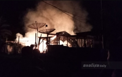 Gudang Gas dan Warnet di Tapsel Terbakar