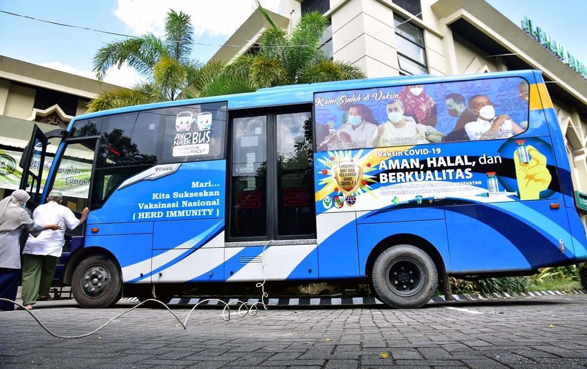 Foto: Bus Vaksinasi Keliling