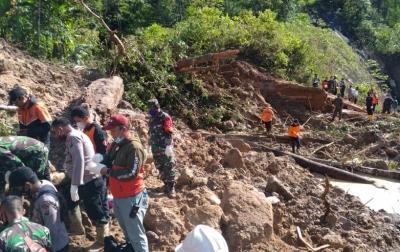 Longsor di Tapanuli Selatan, Pencarian Korban Terus Dilakukan