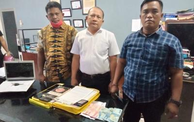 Lakukan Pemerasan Terhadap Kades, 3 Pria Ditangkap Polisi