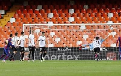 Messi Sukses Mencetak 50 Gol dari Tendangan Bebas
