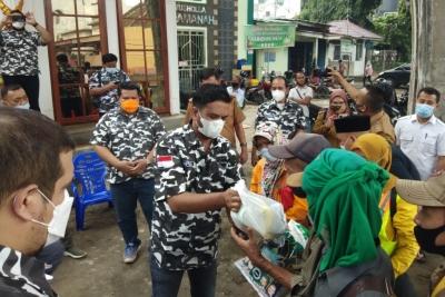 BAPERA Sumut Bagikan 500 Paket Sembako di Kelurahan Aur