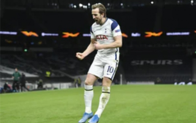 Kane Bulatkan Tekad Pergi dari Spurs