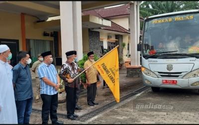 Sekda Palas Lepas Kafilah Untuk STQH Tingkat Provinsi