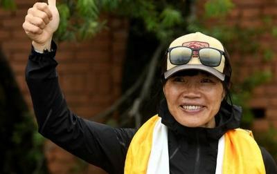 Pendaki Everest Tercepat Seorang Wanita dari Hong Kong