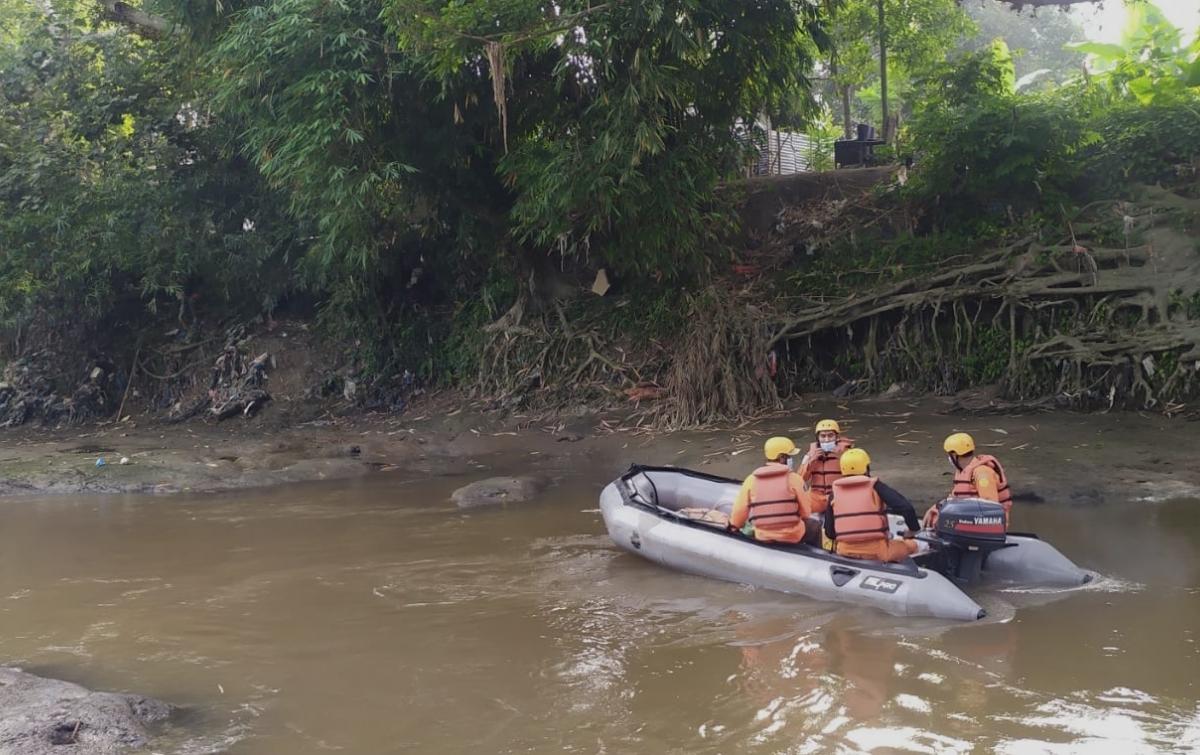 Basarnas Medan Lakukan Penyisiran Sungai Belawan Cari Korban Hanyut