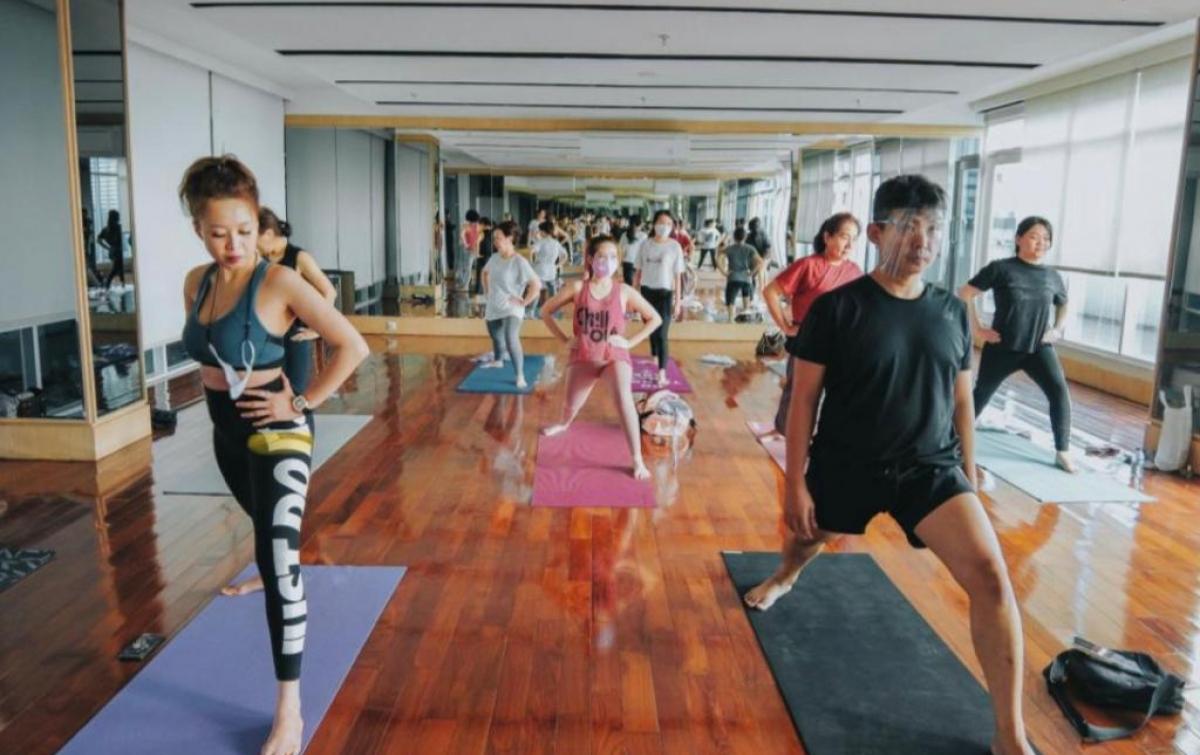 Tingkatkan Imunitas, Vasaka The Reiz Condo Medan Ajak Penghuni Apartemen Yoga