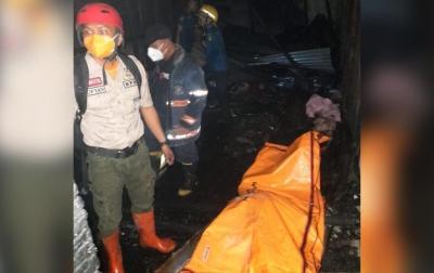 Seorang Lansia Tewas Dalam Peristiwa Kebakaran Rumah di Jalan Taduan