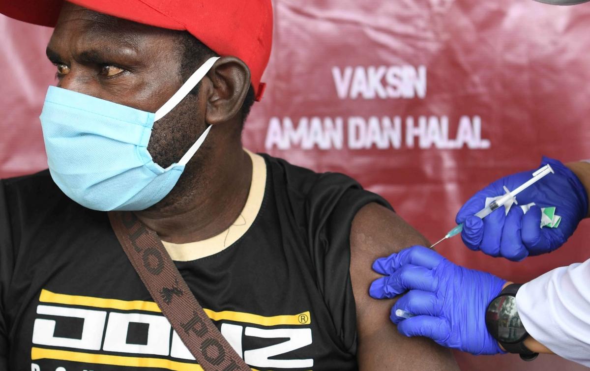 Penerima Vaksin Covid-19 Dosis Pertama di Indonesia Capai 30,18 Juta Orang