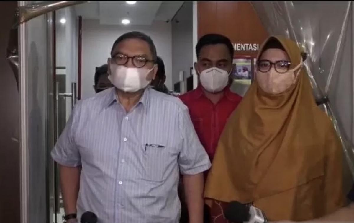 Jubir: Aburizal Bakrie Minta Ardi dan Nia Ramadhani Tabah Hadapi Cobaan