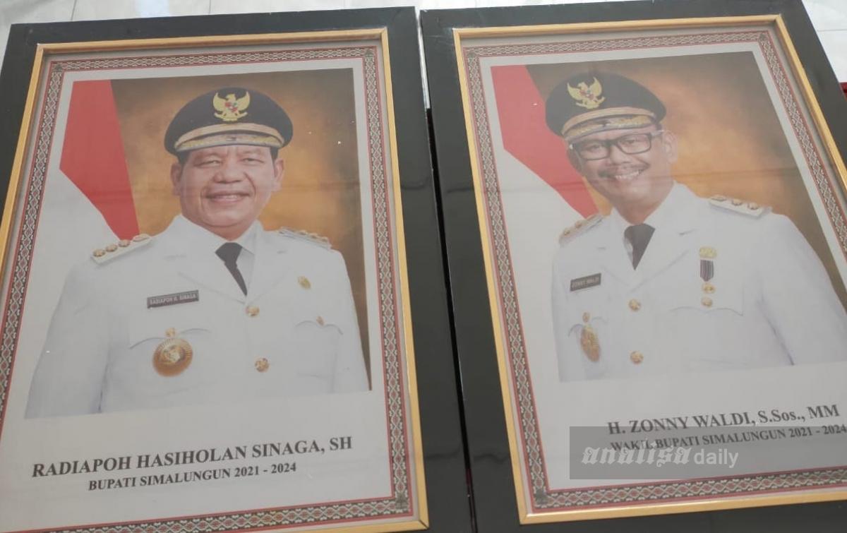Diduga Jual Foto dan Majalah, Bupati Simalungun Dilaporkan ke Polisi