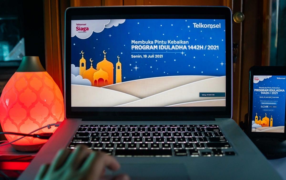 #BukaPintuKebaikan di Idul Adha, Telkomsel Salurkan Hewan Kurban Hingga Pelosok Negeri