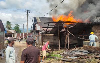 Sembilan Rumah Terbakar, Tidak Ada Korban Jiwa