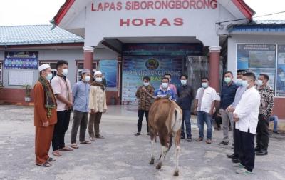 Lapas Siborongborong Sembelih Tiga Ekor Hewan Kurban