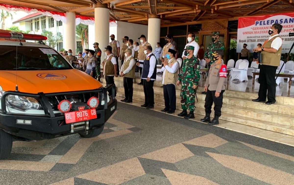 Kepala BNPB Lepas Mobil Masker Dukung Penguatan Prokes di Aceh