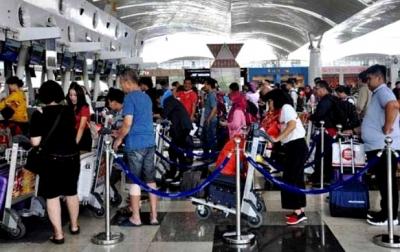 Pelaku Perjalanan Udara Internasional Harus Sudah Divaksin Lengkap