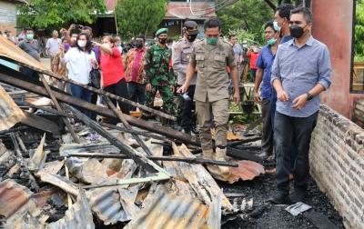 Korban Kebakaran di Desa Lau Baleng Terima Bantuan