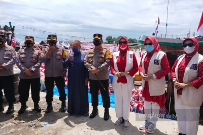 Polres Batubara Bagikan Ribuan Paket Sembako Kepada Nelayan