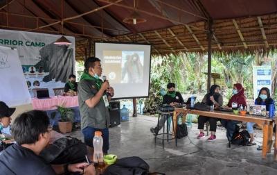 Orangutan Terancam Kehilangan Habitat