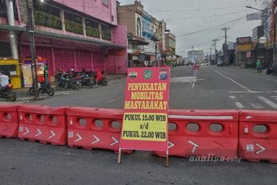 Sore Hingga Malam, Jalan Karya Wisata Medan Kembali Ditutup
