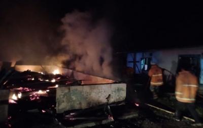 Tiga Unit Rumah di Desa Gumit Terbakar
