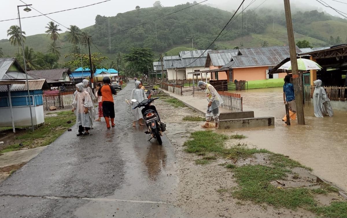 Sebanyak 76 Rumah di 2 Desa Terendam Banjir Boalemo