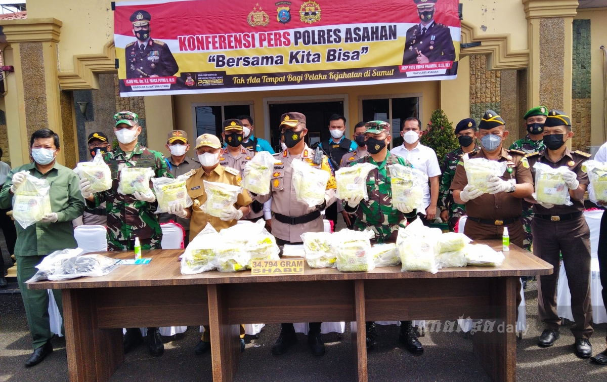 Warga Serahkan 34 Kg Sabu, Seorang Kurir Ditangkap