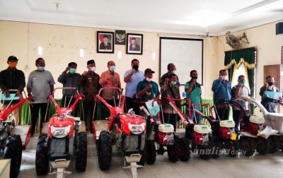 Koptan di Asahan Dapat Bantuan Handtraktor dan Cultivator