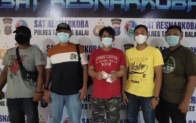 Polres Tanjungbalai Tangkap Bandar Narkoba di Dalam Rumah