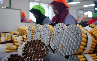 Harga Rokok Terus Naik, Konsumen Beralih, Omzet Peritel dan UMKM Turun Drastis