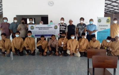 Siswa SMK Pesantren Bukhori IIBS Dilatih Buat Robot Surveillance
