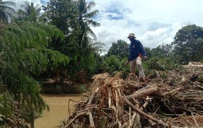 Banjir Melanda 2 Desa yang Berdampak pada 90 KK di Poliwali Mandar