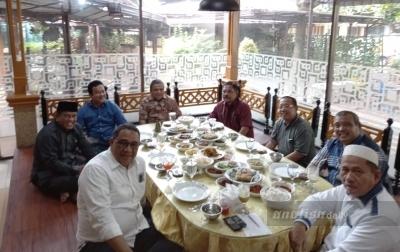 Dua Mantan Wali Kota di Sumut Bangun Silaturahmi