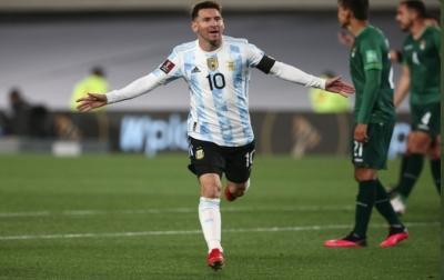 Cetak Hattrick, Messi Lampaui Rekor Pele