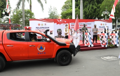 Kepala BNPB Melepas Gerakan Mobil Masker di Malang