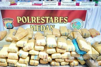 Ungkap Jaringan Heroin Internasional, Polisi Tangkap Dua Pelaku
