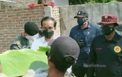 Tinjau Vaksinasi di Deli Serdang, Presiden Jokowi Borong Sate
