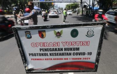 PPKM Luar Jawa-Bali Diperpanjang Hingga 4 Oktober 2021