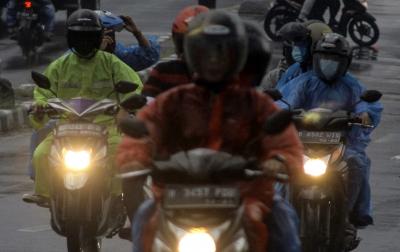 Hujan Disertai Kilat dan Angin Kencang Berpotensi Landa Beberapa Wilayah Indonesia