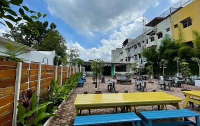 Nongkrong Santai di Dominico Garden Sambil Hilangkan Penat Usai Beraktivitas