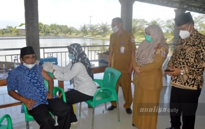 200 Keluarga Nelayan di Deliserdang Divaksin Covid-19