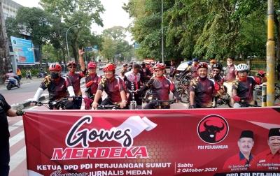 PDI Perjuangan Gowes Bersama Para Jurnalis