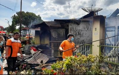 Tiga Unit Rumah Hangus Terbakar di Siantar